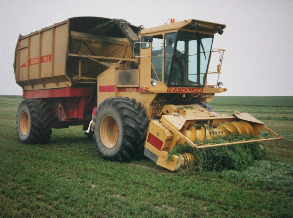 New Holland l'Articulée 2025.jpg